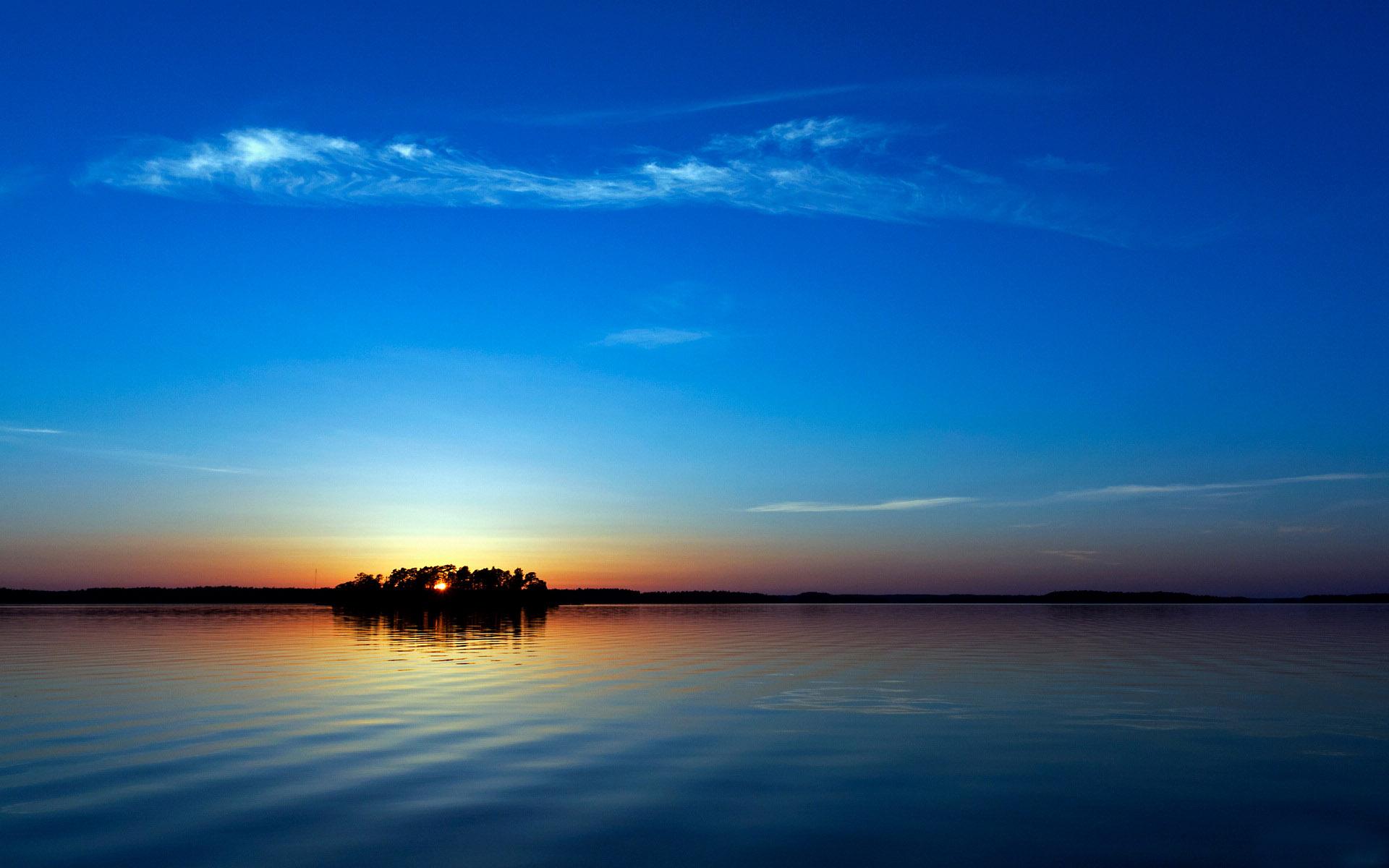 蓝色天空唯美风景桌面壁纸 第二辑